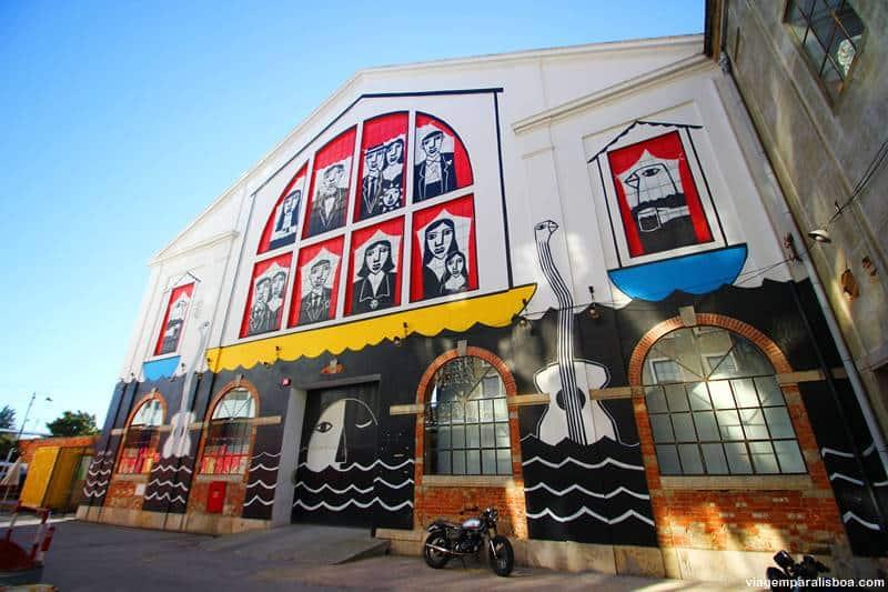 painel de grafite na LX Factory